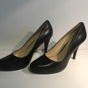 "Nine West Black Leather platform 3.5"" heels 8.5M"